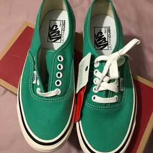 RARE Vans green Anaheim collection